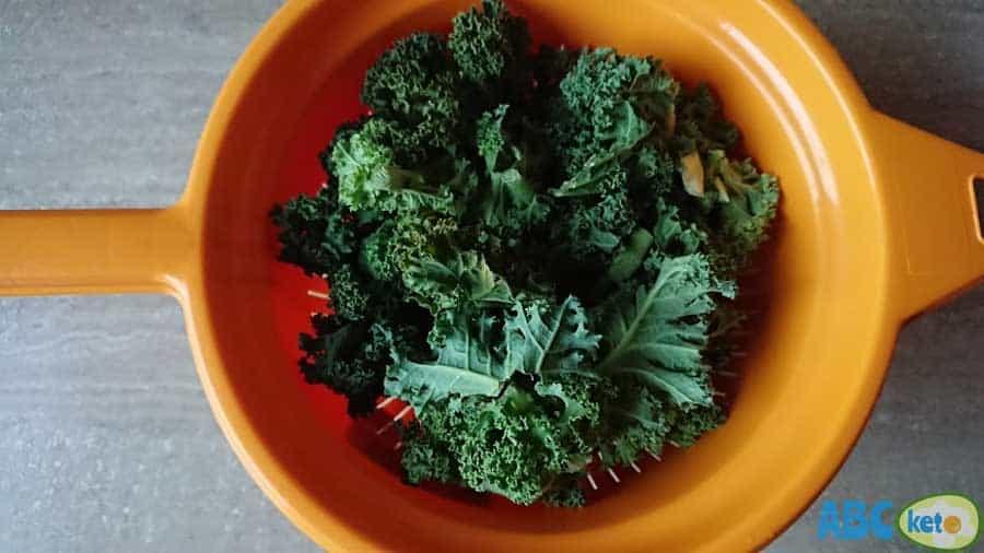 raw kale before rinsing in water, raw kale, kale