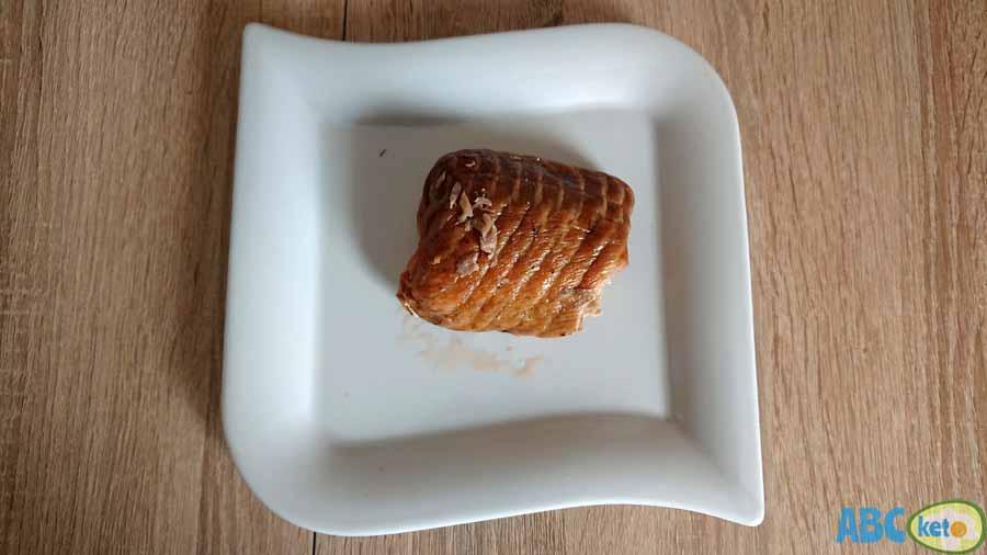 Keto salmon salad ingredients, smoked salmon