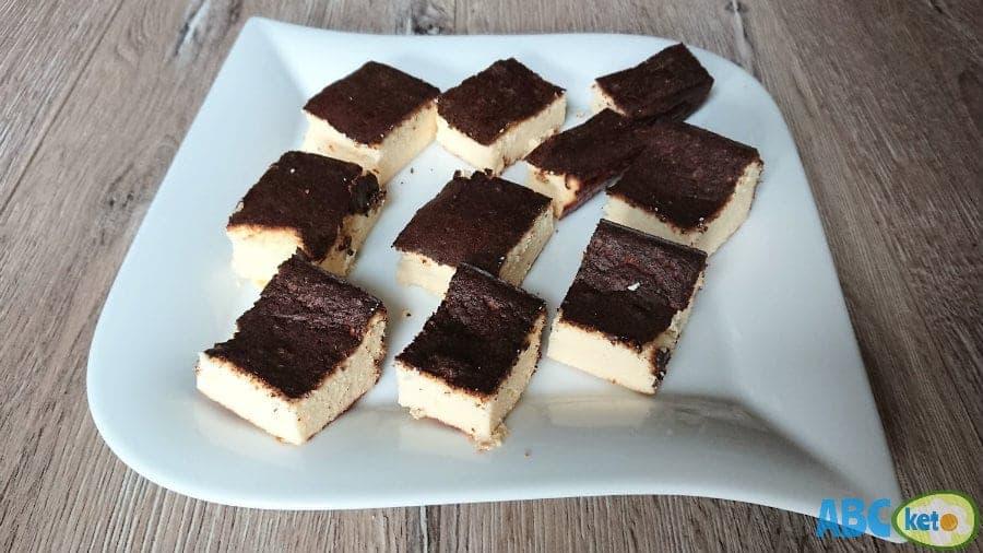 Simple keto cheesecake