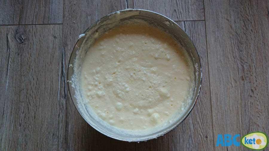 Simple keto cheesecake ingredients