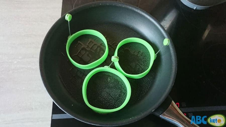Silicone ring molds for keto pancakes