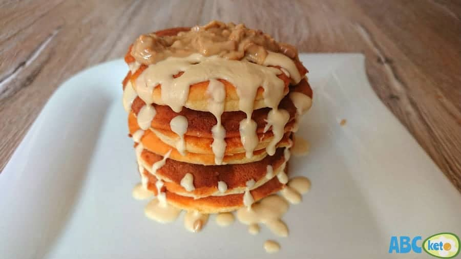 Keto pancakes with dissolved white chocolate and peanut butter