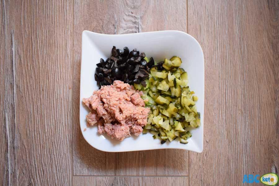 Keto tuna salad ingredients, tuna