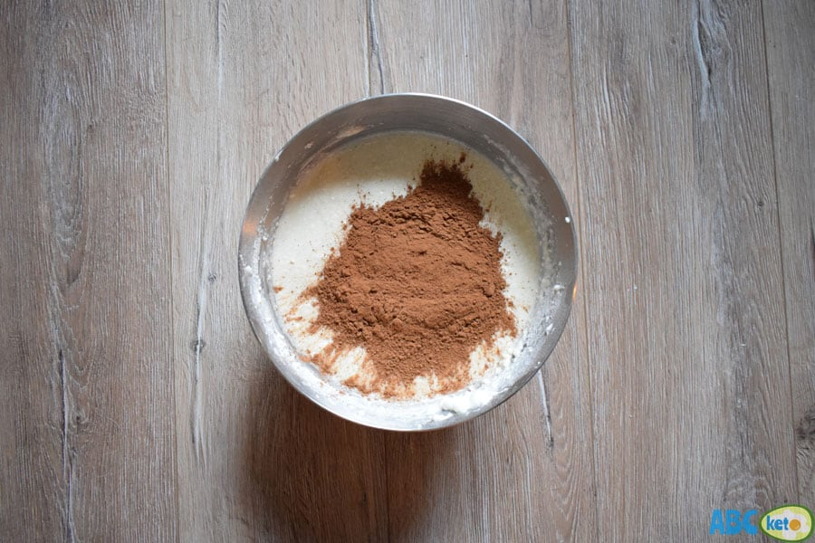 Low fat high protein chocolate cheesecake ingredients, cacao powder